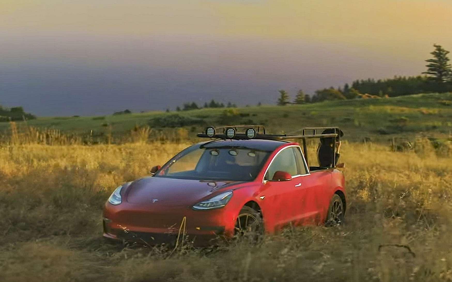 Elle a transformé une Tesla Model 3 en pick-up
