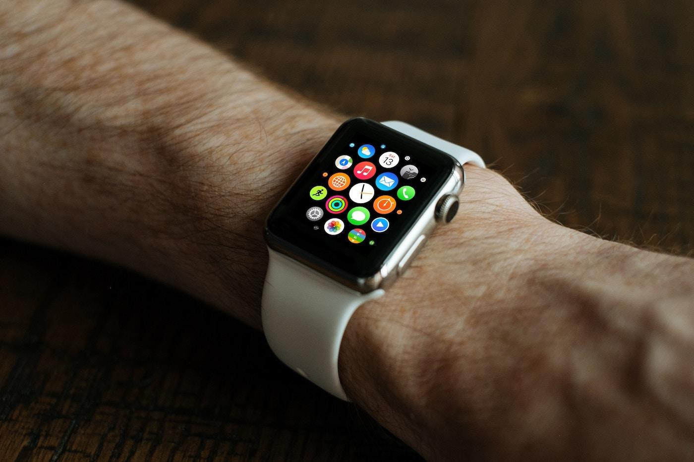Apple indique que son Apple Watch pourrait aider à guérir de Parkinson