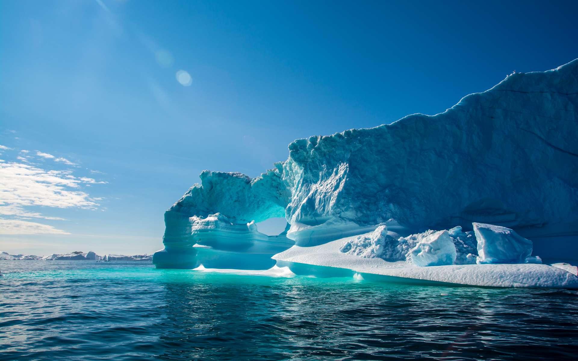 Groenland : l'instabilité de la calotte glaciaire filmée par des drones