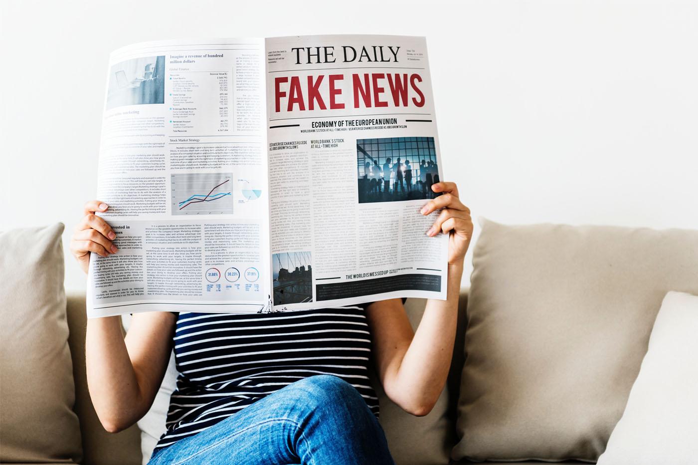 Une étude a tenté de comprendre pourquoi les gens partagent autant des fausses nouvelles